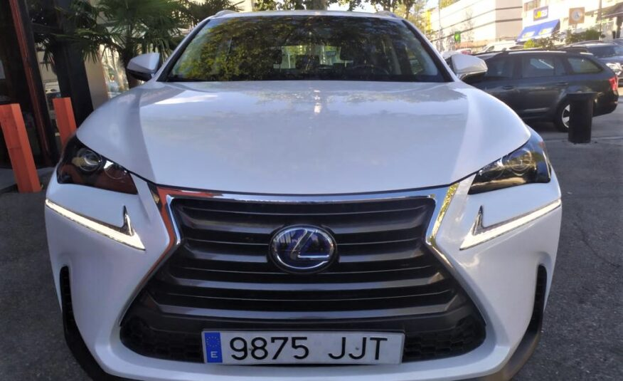 LEXUS NX 2.5 300h Executive 4WD Navibox