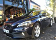 VOLVO V40 Cross Country 2.0 D4 Summum Auto