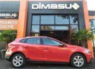 VOLVO V40 Cross Country 2.0 D3 Kinetic