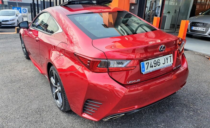 LEXUS RC 2.5 RC 300h Executive TS