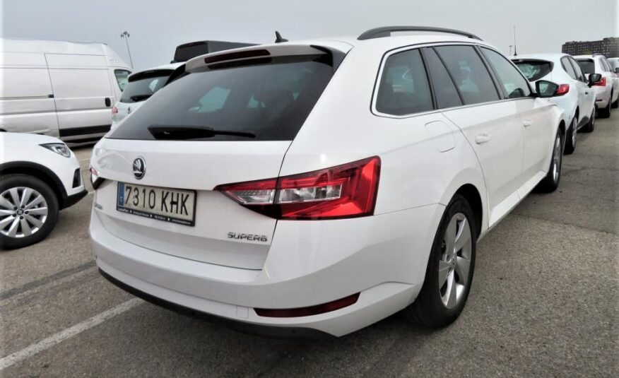 SKODA Superb Combi 2.0 TDI 110KW 150cv Ambition