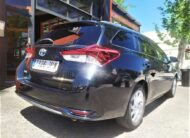 TOYOTA Auris 1.8 140H Active Touring Sports
