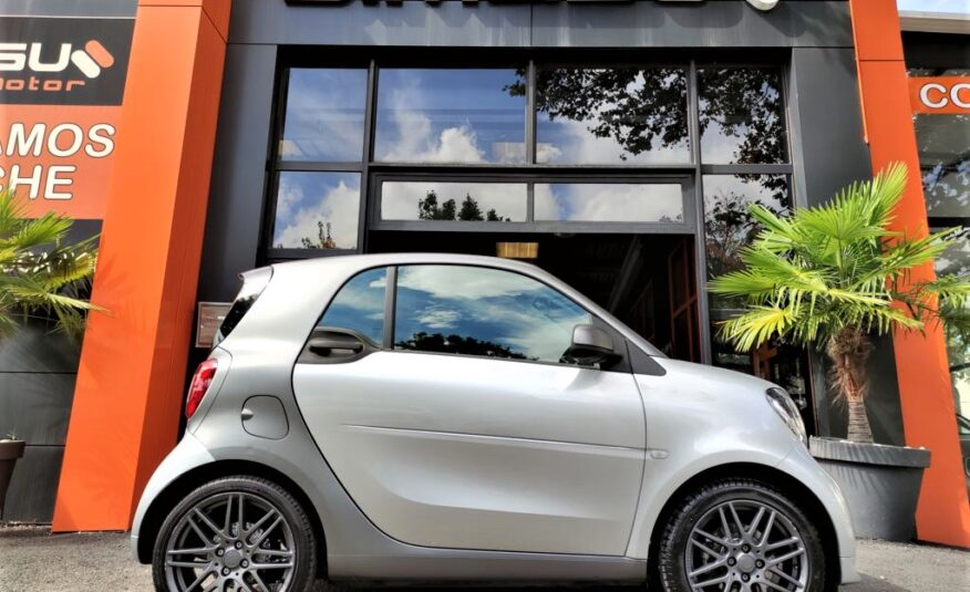 SMART fortwo 0.9 66kW 90CV COUPE